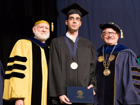 Israeli hero awarded FIU Medallion of Courage