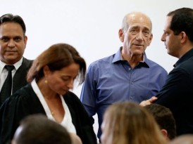 Olmert found guilty of accepting bribes in Holyland scandal