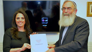 Israeli couples asked to embrace a rabbinical prenup