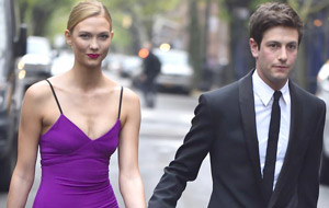 Karlie Kloss converts to Judaism, gets engaged  to Joshua Kushner