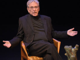 Amos Oz, a 'saintly intellectual' who turned Israel's national reality into literature