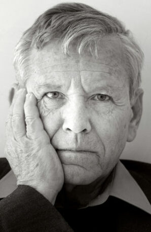 B'nai Sholom to plans Amos Oz focus; Prof. Rozett to lead sessions, film slated
