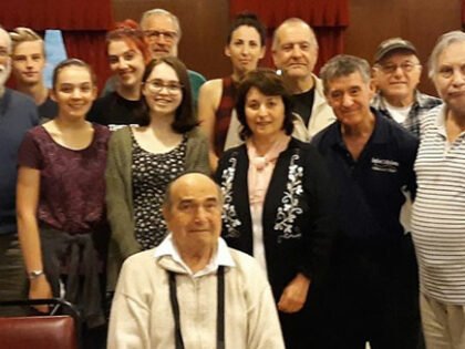 Survivor, Carl Rosner, meets with cast of 'Diary Of Anne Frank'