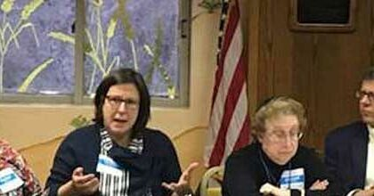 """""""How to Raise a Mensch"""": Parenting advice discussion held at Hebrew Academy"""